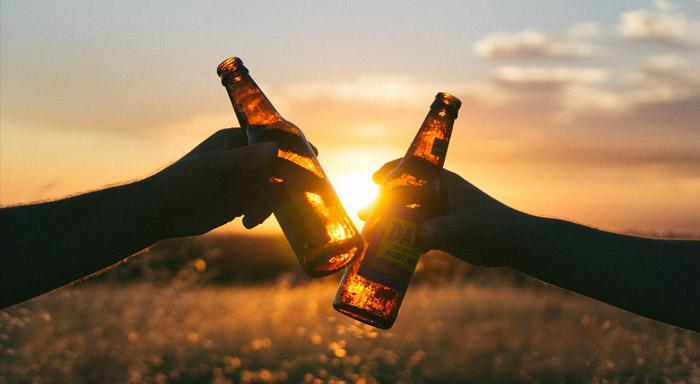 Pomáhajú alkoholické nápoje pri chudnutí alebo naopak vedú k priberaniu?