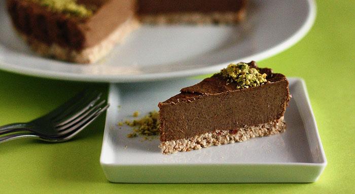 Recept na nepečenú avokádovú tortu, ktorú si zaručene obľúbite.