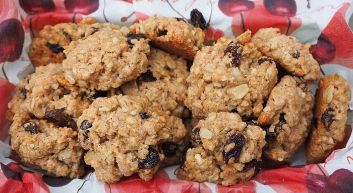 Recept na ovsené sušienky, ktoré sú zdravé na desiatu i raňajky.