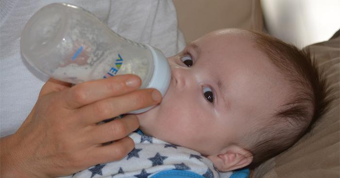 Pravda o mlieku je taká, že pre deti nie je veľmi zdravé.