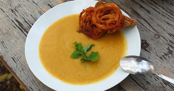 Recept na mrkvovú polievku, ktorá vás svojou chuťou očarí aj počas redukčnej diéty.