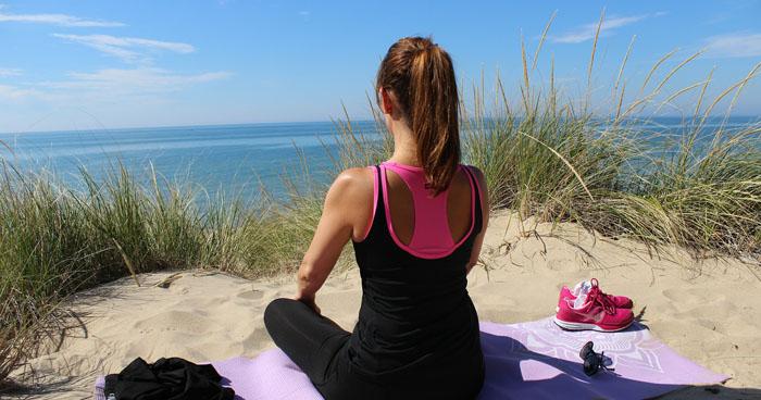 Únavu a ospalosť zaženiete meditáciou alebo prechádzkou.