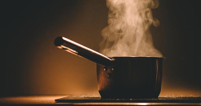 Strukoviny sa pri varení zbavujú látok, ktoré brzdia trávenie.