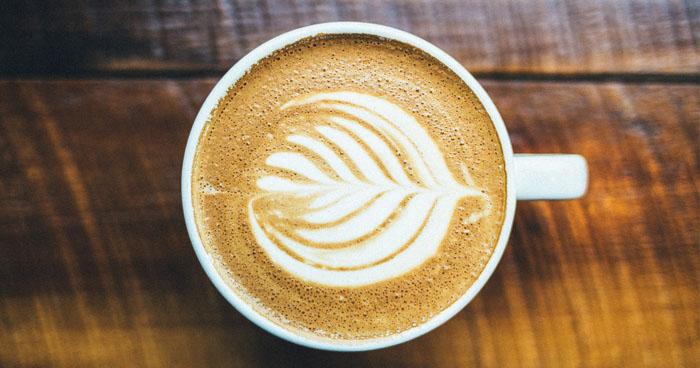 Takzvaná zelená káva má silné účuniky na chudnutie ale aj na detoxikáciu organizmu, keďže obsahuje antioxidanty.