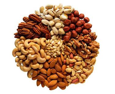 Pri chudnutí jedzte oriešky, ktoré sú skvelé z hľadiska výživovej hodnoty.