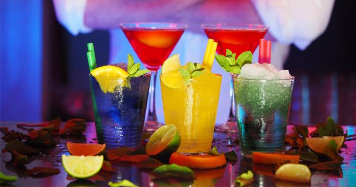 Pitie sladených nápojov vplýva na metabolizmus spomaľujúco.