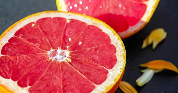 Jednoduchá grapefruitová diéta na zhodenie niekoľkých kilogramov.