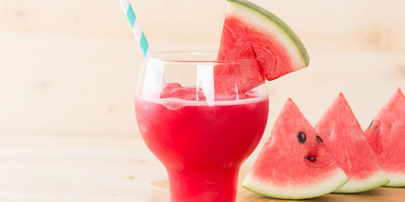 Ovocné smoothie z melóna recept.